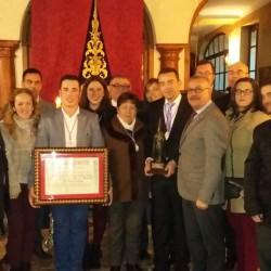 La Hermandad de la Misericordia recibe el premio Pasión y Cofradías 2015